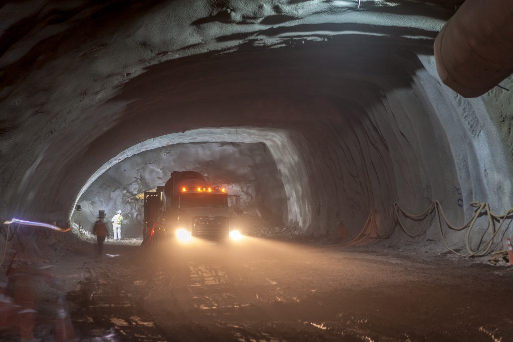 Autopista AVO I: Conexión de obras con Túnel La Pirámide está completa