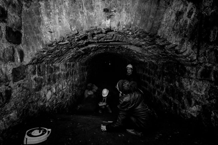 El misterioso túnel centenario de avenida La Paz y la necesidad de abrir los recursos para investigar la historia subterránea de Santiago